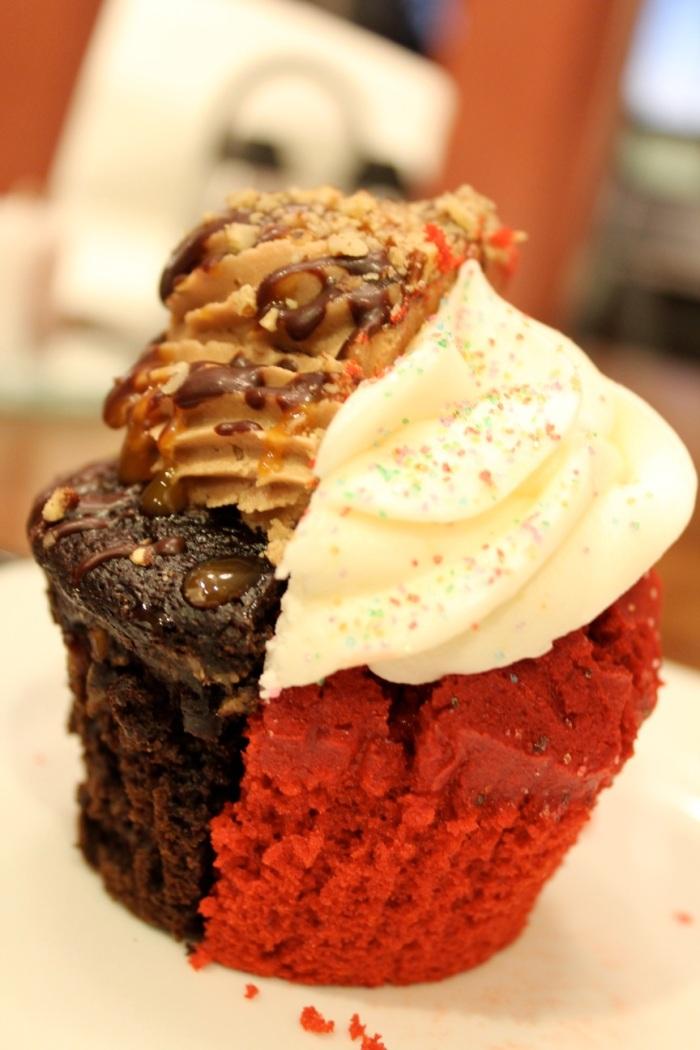 A mouthwatering cupcake match